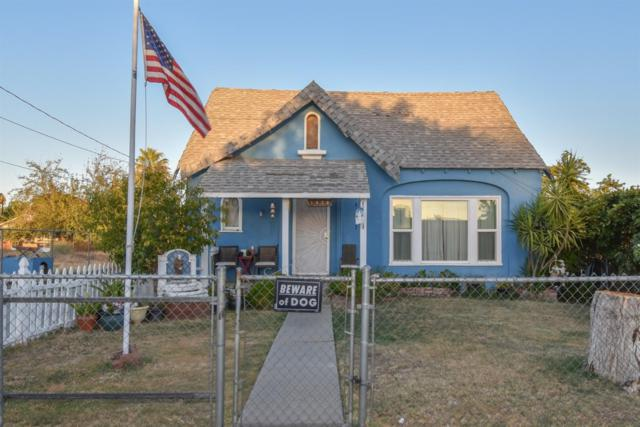 1426 N Archie Avenue, Fresno, CA 93703 (#510467) :: Soledad Hernandez Group