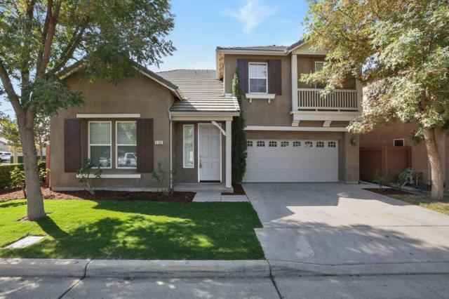 5103 W Fiano Avenue, Visalia, CA 93291 (#510541) :: Soledad Hernandez Group