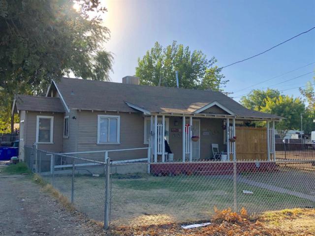 730 S Chinowth Street, Visalia, CA 93277 (#510547) :: Soledad Hernandez Group