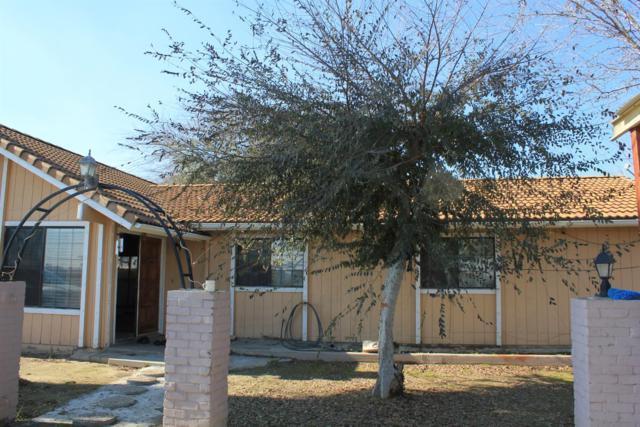 4160 E Lincoln Avenue, Fresno, CA 93725 (#510555) :: Soledad Hernandez Group