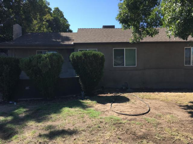 1214 E Michigan Avenue, Fresno, CA 93704 (#510583) :: FresYes Realty