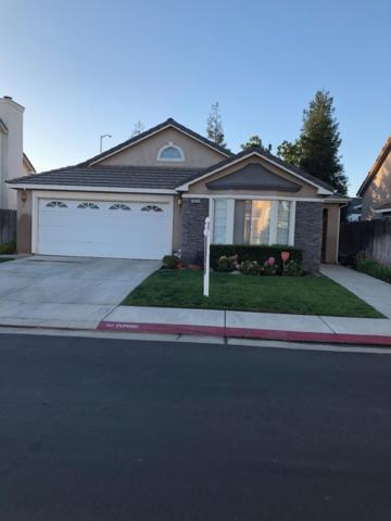 1830 Lawrence Avenue, Clovis, CA 93611 (#510593) :: Soledad Hernandez Group