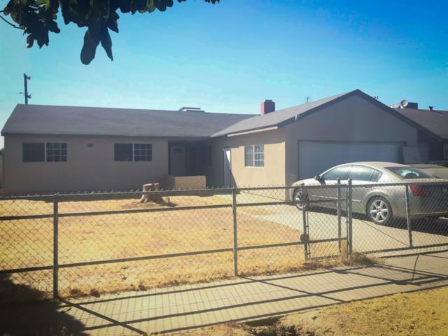 2662 S Lee Avenue, Fresno, CA 93706 (#510602) :: Soledad Hernandez Group