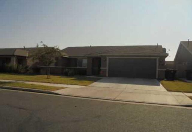 534 N Maricopa Street, Tulare, CA 93274 (#510622) :: Soledad Hernandez Group