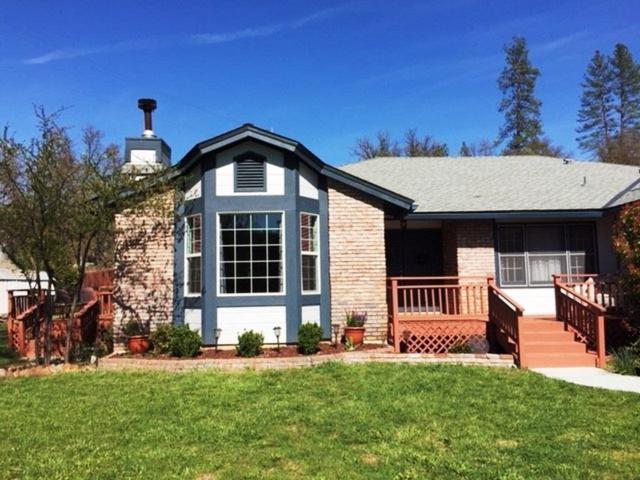 49015 Cavin Lane, Coarsegold, CA 93614 (#510722) :: Soledad Hernandez Group