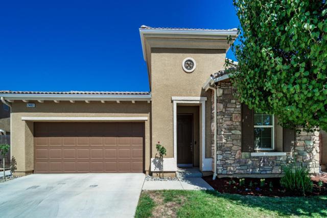 2402 E Oakmont Avenue, Fresno, CA 93730 (#510732) :: Soledad Hernandez Group