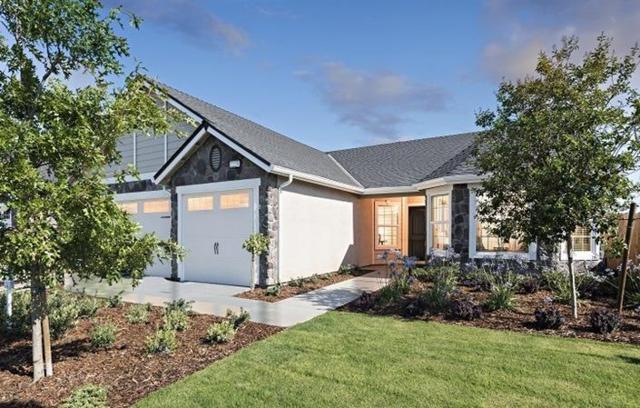 1689 Brightside Street #19, Tulare, CA 93274 (#510746) :: Soledad Hernandez Group