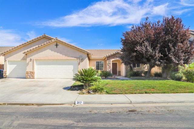 317 S Olivia Avenue, Fowler, CA 93625 (#511687) :: Raymer Realty Group