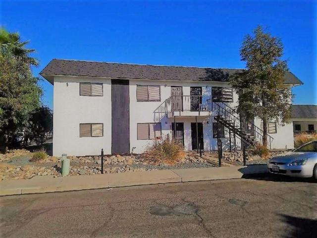 697 W Putnam Avenue, Porterville, CA 93257 (#511783) :: FresYes Realty