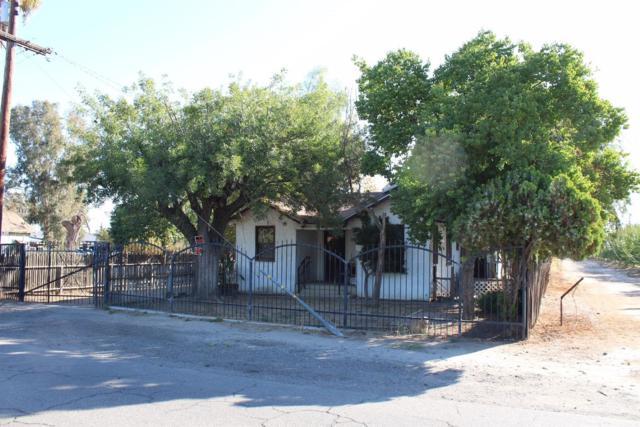 1561 N Bishop Avenue, Kerman, CA 93630 (#512216) :: Soledad Hernandez Group