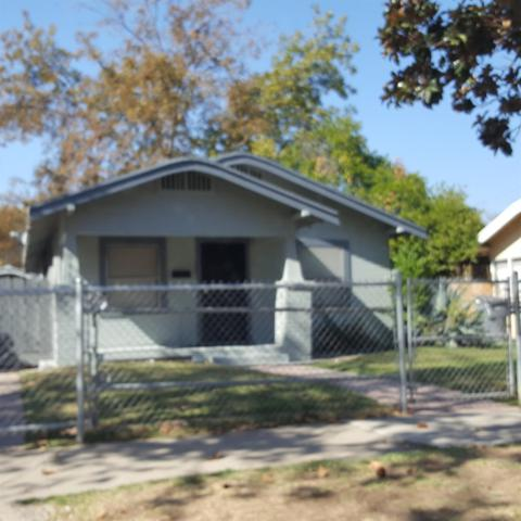 987 N Adoline Avenue, Fresno, CA 93728 (#512399) :: Raymer Realty Group