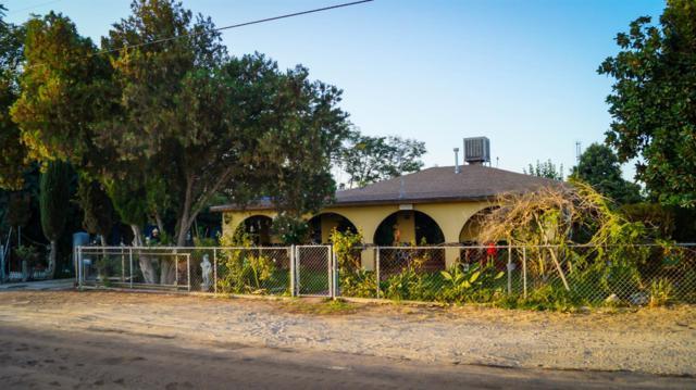 118 W Parlier Avenue, Fresno, CA 93706 (#512476) :: Soledad Hernandez Group