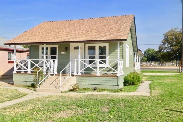 2604 D Street, Selma, CA 93662 (#512712) :: FresYes Realty