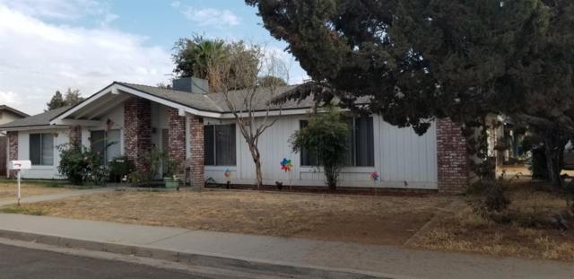 2745 W Seeger Avenue, Visalia, CA 93277 (#512747) :: FresYes Realty