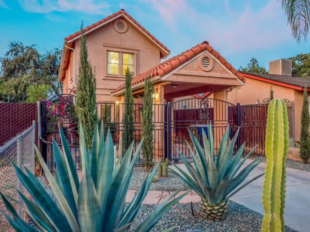 458 W Spruce Avenue, Pinedale, CA 93650 (#512866) :: FresYes Realty