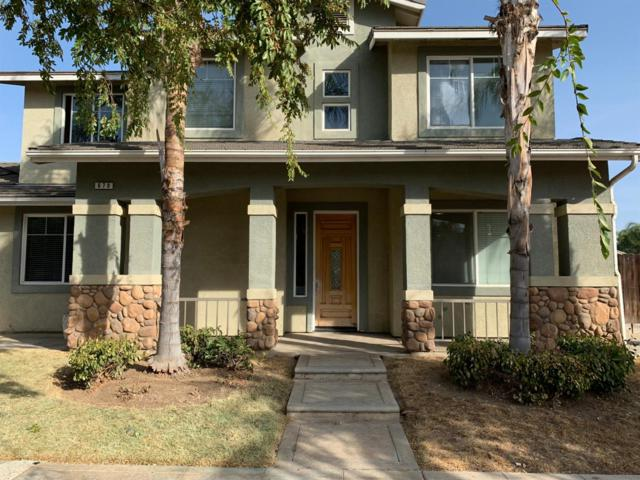 670 S Almond Avenue, Reedley, CA 93654 (#513012) :: FresYes Realty