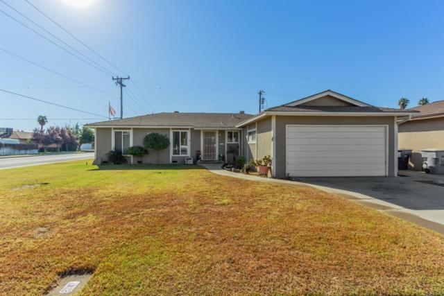 610 W San Gabriel Ave Avenue, Clovis, CA 93612 (#513344) :: FresYes Realty