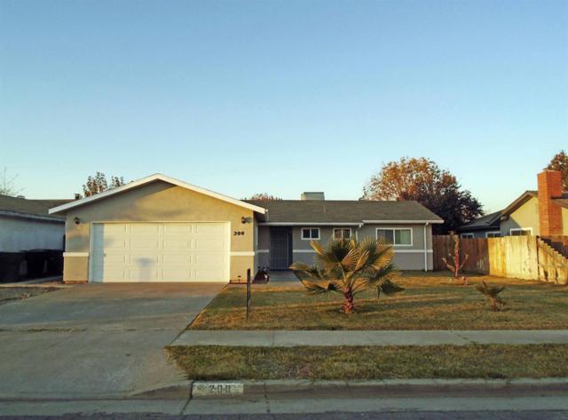 200 E Sherwood Drive, Hanford, CA 93230 (#513391) :: FresYes Realty