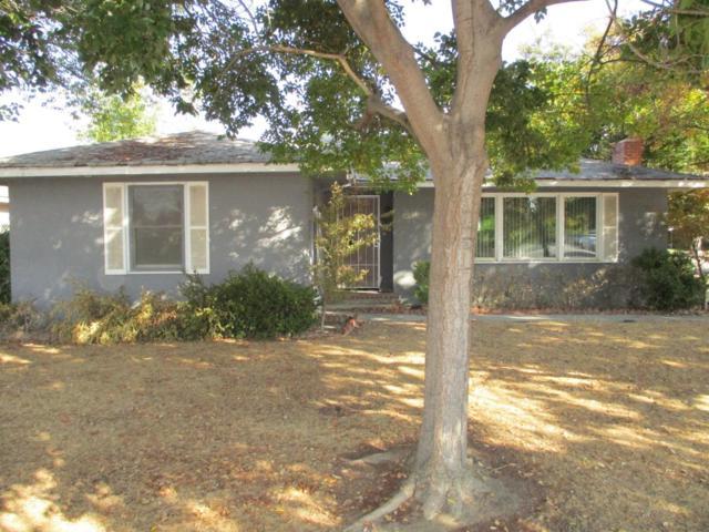2102 Floral Avenue, Selma, CA 93662 (#513444) :: FresYes Realty
