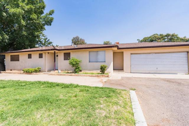 2157 W Kennedy Street, Madera, CA 93637 (#513531) :: Raymer Realty Group