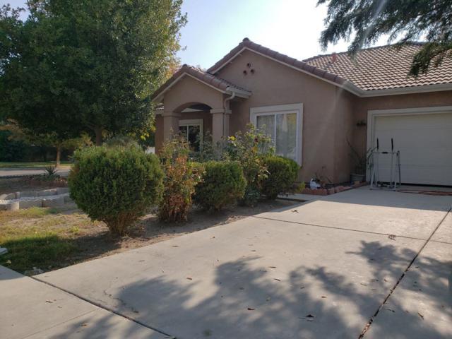 5913 W Robinwood Avenue, Visalia, CA 93291 (#513558) :: Raymer Realty Group