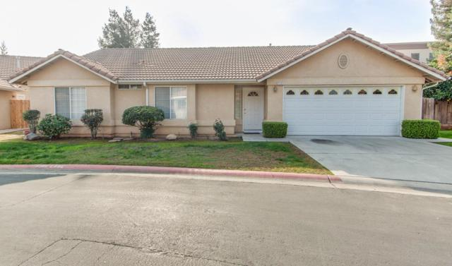 7131 N Whitney Avenue, Fresno, CA 93720 (#513993) :: Raymer Realty Group