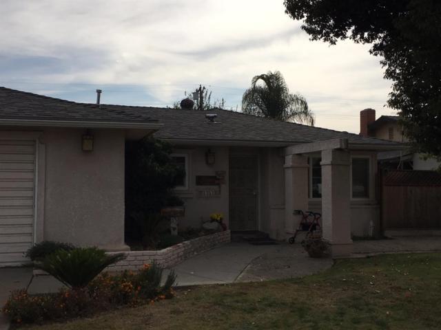 1351 Mill Street, Selma, CA 93662 (#514233) :: Soledad Hernandez Group