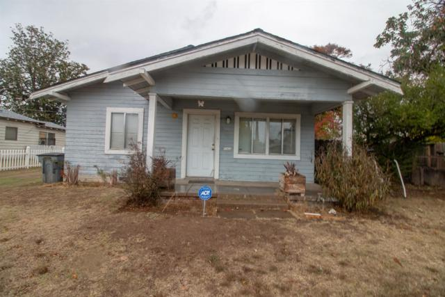 1025 E Cornell Avenue, Fresno, CA 93704 (#514240) :: FresYes Realty