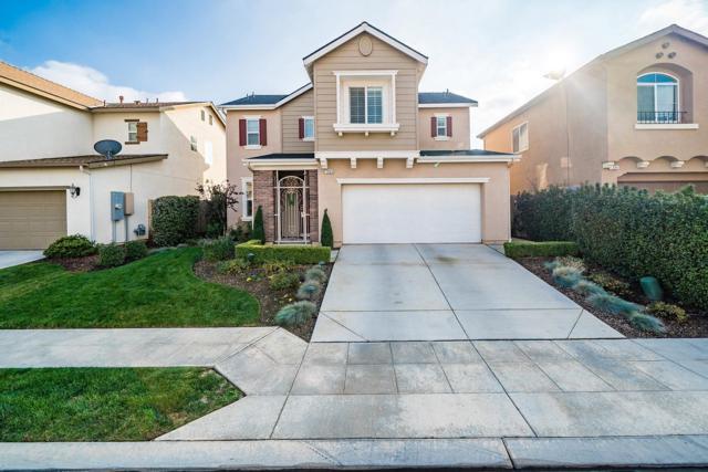7393 E Giavanna Avenue, Fresno, CA 93737 (#514747) :: Soledad Hernandez Group