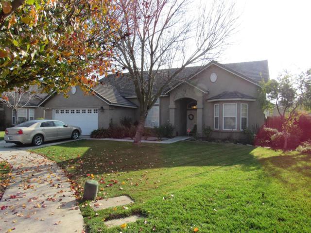 14047 W G Street, Kerman, CA 93630 (#514834) :: Soledad Hernandez Group