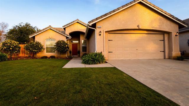 9986 N Fine Avenue, Fresno, CA 93720 (#514840) :: Soledad Hernandez Group