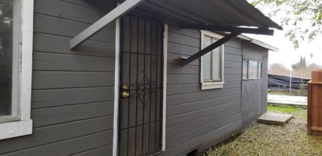 13186 Ave 416, Orosi, CA 93647 (#515244) :: Soledad Hernandez Group