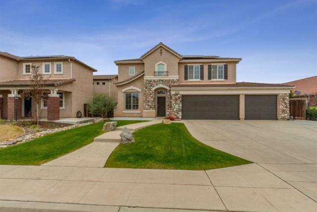 2673 Ashcroft Avenue, Clovis, CA 93611 (#515351) :: Raymer Realty Group