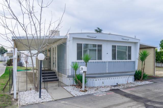1272 Villa #54, Clovis, CA 93612 (#515618) :: Soledad Hernandez Group