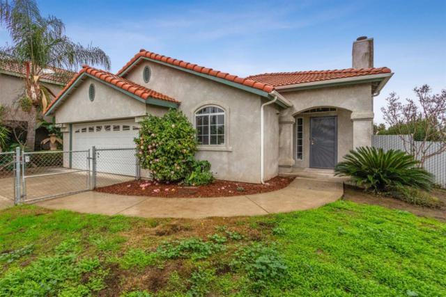 818 Ramona Avenue, Clovis, CA 93612 (#515704) :: Raymer Realty Group