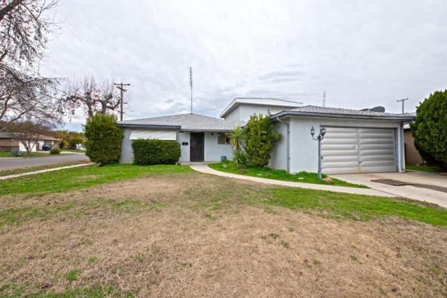 4913 E Sooner Drive, Fresno, CA 93727 (#516095) :: FresYes Realty
