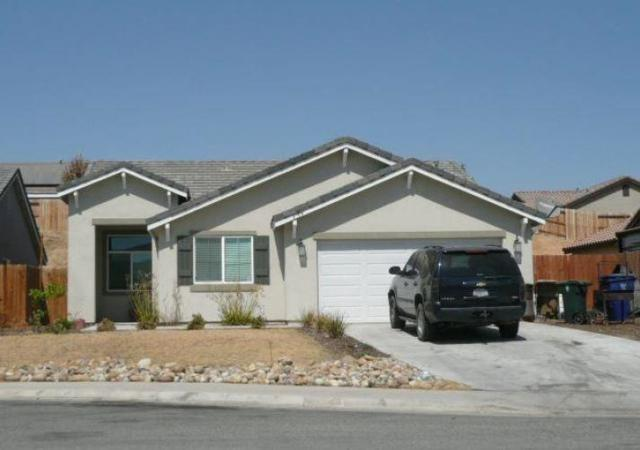 8704 Bald Mountain Court, Bakersfield, CA 93306 (#516139) :: Soledad Hernandez Group