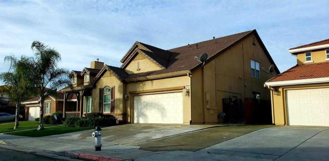 617 S Shelly Avenue, Fresno, CA 93727 (#516164) :: Raymer Realty Group