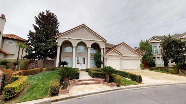 549 E Chesapeake Circle, Fresno, CA 93720 (#516332) :: FresYes Realty