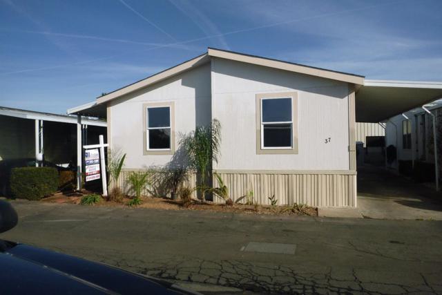 105 W Herndon Avenue #37, Fresno, CA 93650 (#516349) :: Soledad Hernandez Group
