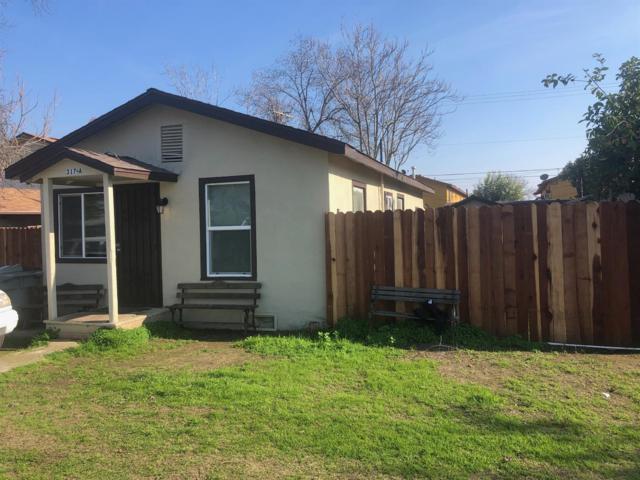 315 NE 4th Avenue, Visalia, CA 93291 (#516780) :: Soledad Hernandez Group