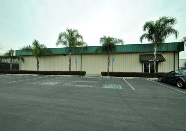 2763 S Elm Avenue, Fresno, CA 93706 (#516905) :: Soledad Hernandez Group