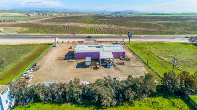 14860 Highway 41, Madera, CA 93636 (#517263) :: Soledad Hernandez Group