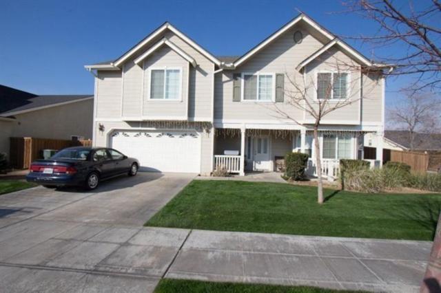 288 E Shoemake Avenue, Reedley, CA 93654 (#517355) :: Soledad Hernandez Group