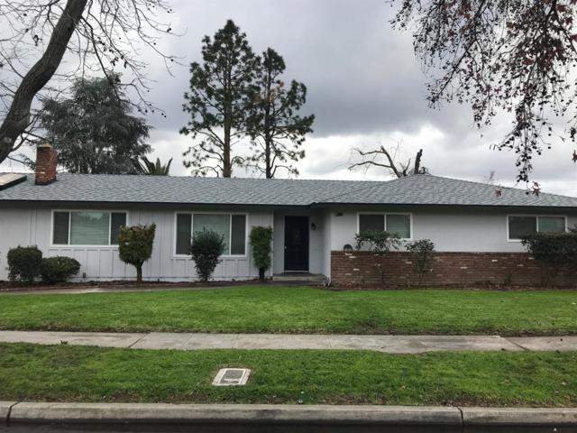4006 E Santa Ana Avenue, Fresno, CA 93726 (#517368) :: Soledad Hernandez Group