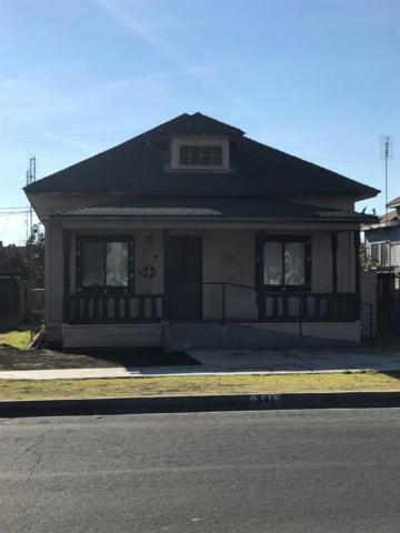 341 N I Street, Dinuba, CA 93618 (#517382) :: Soledad Hernandez Group