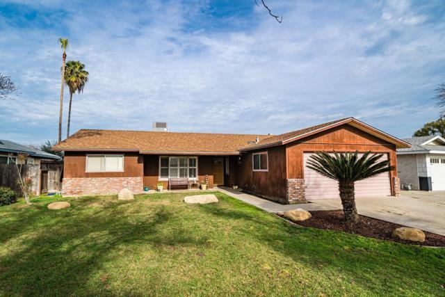 1124 Westwood Drive, Hanford, CA 93230 (#517385) :: Soledad Hernandez Group