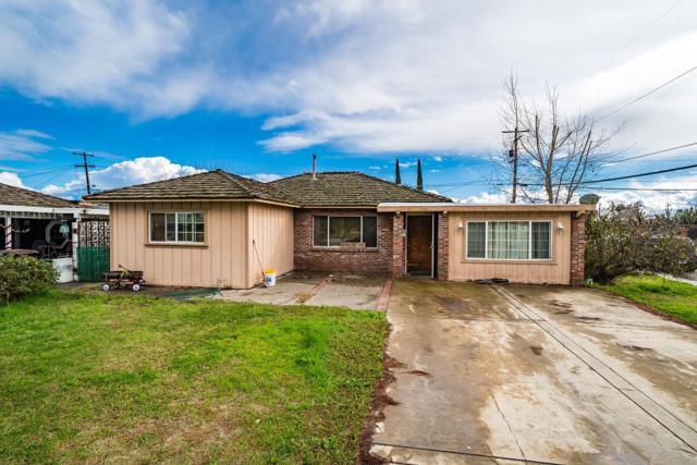 1881 Vasquez Drive, Firebaugh, CA 93622 (#517406) :: Soledad Hernandez Group