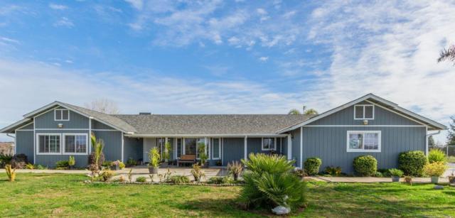 11776 S Smith Avenue, Kingsburg, CA 93631 (#517458) :: Soledad Hernandez Group
