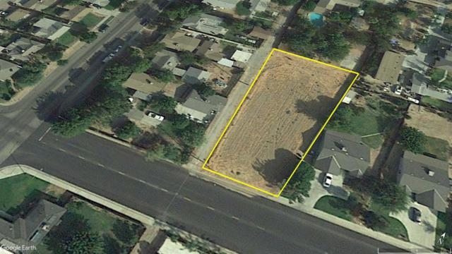 712 9th Street, Sanger, CA 93657 (#517507) :: Soledad Hernandez Group